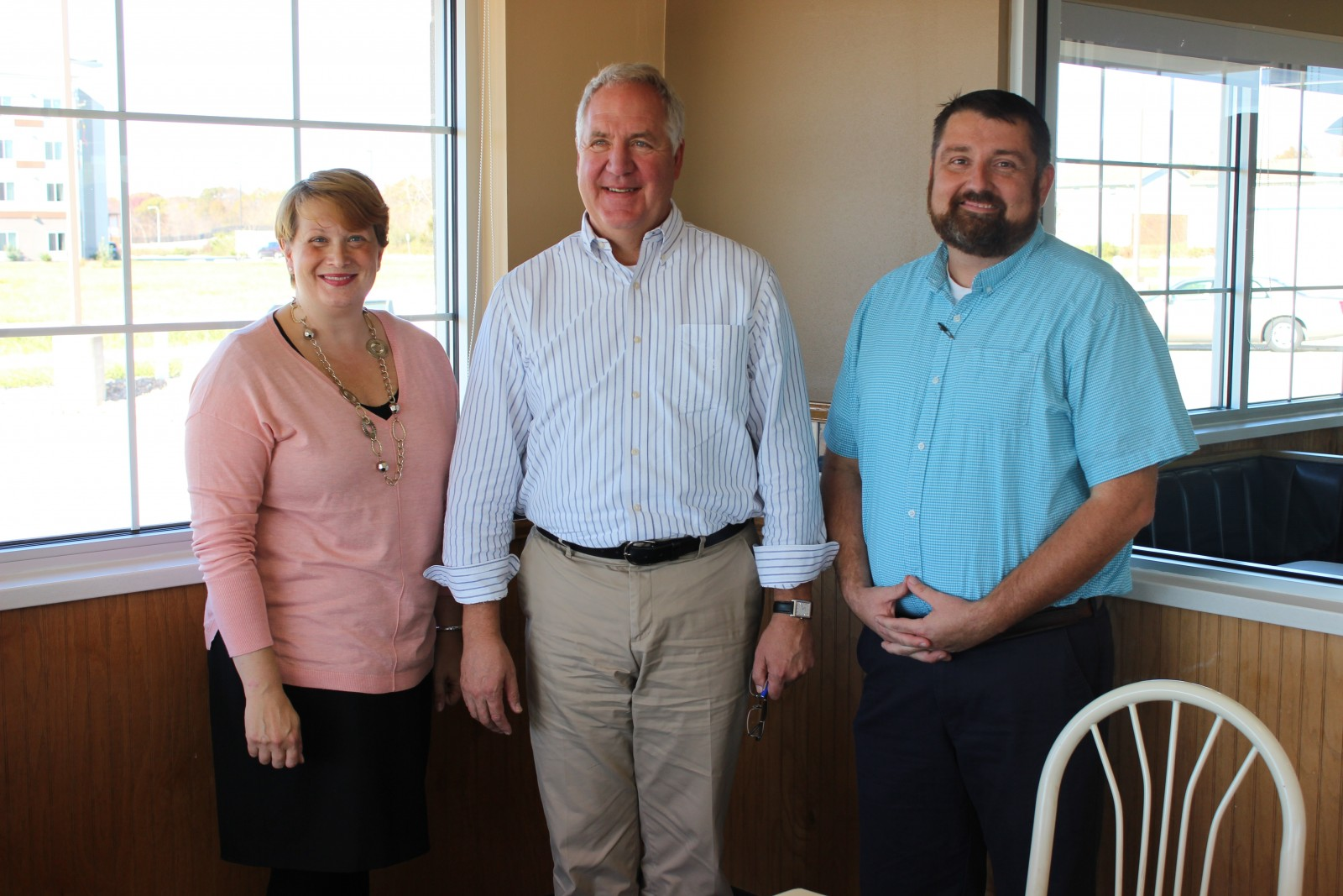 Pictured (L-R) National Association of Restaurants Director of Healthcare Policy Robin Goracke, Congressman John Shimkus (IL-15), and Culver's Co-Owner Chris Debolt