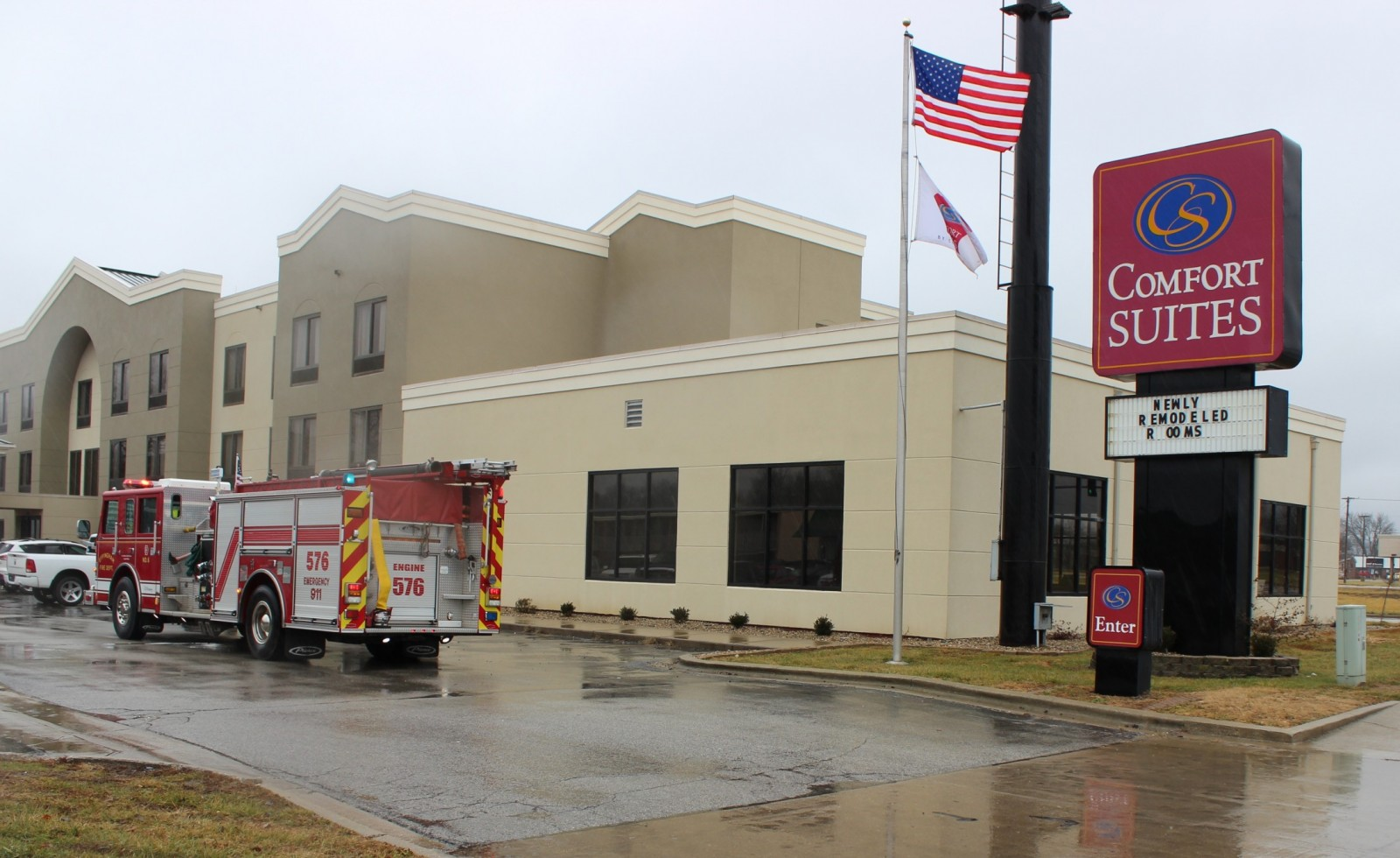 The Effingham Fire Department investigates a fire alarm at Comfort Suites.
